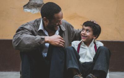 Männer sind Söhne – ein liebevoller Vater